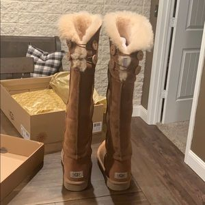 Ugg Bailey Button over the knee